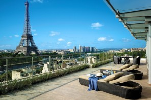 Top 3 luxury hotels in Paris
