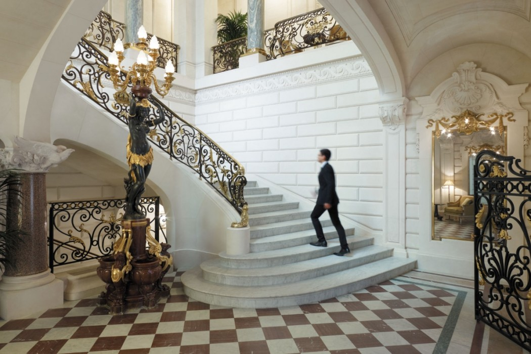 Shangri-La Paris - Stairs