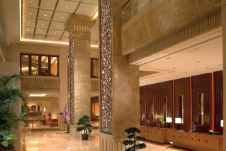 Pudong Shangri-La - Grand Tower Lobby